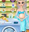 Pregnant Elsa